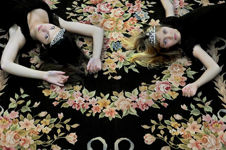quand l 39 art sublime la mati re a donne un tapis vous couper le souffle barbara romano. Black Bedroom Furniture Sets. Home Design Ideas